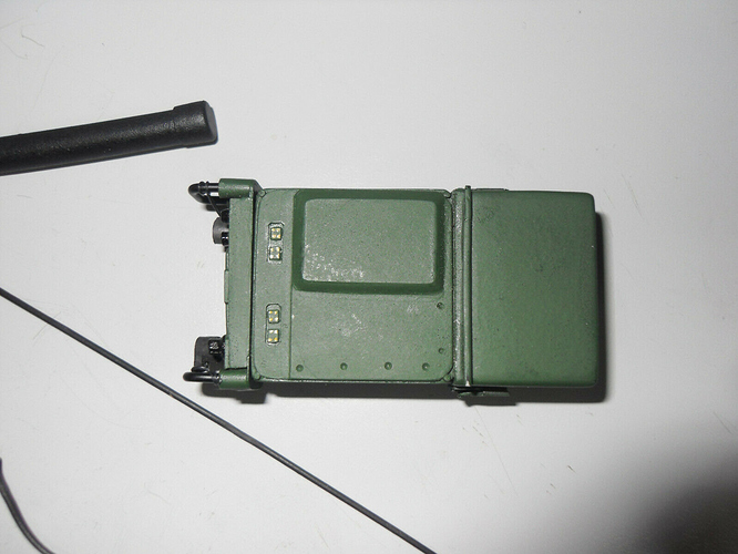 1/6 Scale Harris Falcon III PRC-117G Manpack Radio Set, 2