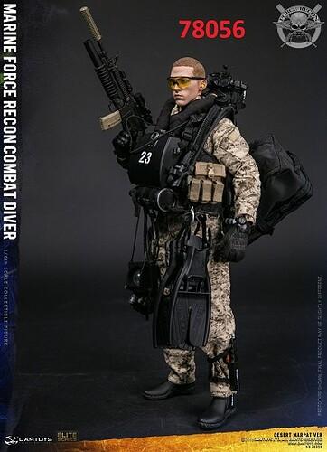 78056  78056 Marine Force Recon Combat Diver Desert Camo Edition