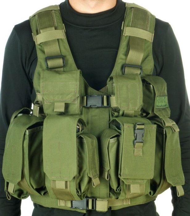 commediacatalogproduct000000736_combatant-vest-with-hydration-system-pouch-and-water-bag-made-by-marom-dolphin_1__1