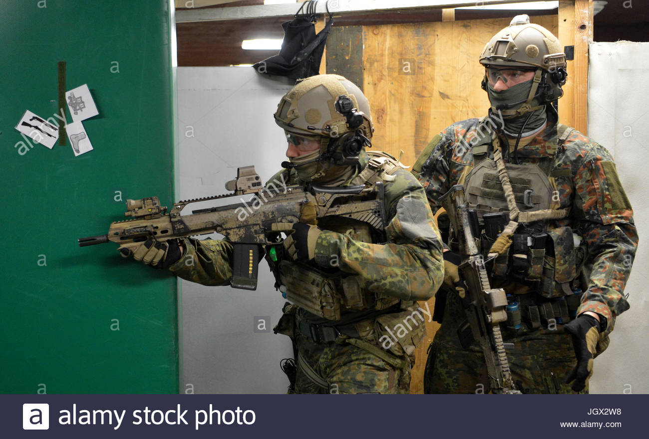 calw-germany-23rd-jan-2017-german-special-forces-command-ksk-soldiers-JGX2W8